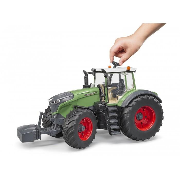 kavanaghs toys bruder fendt 1050 vario tractor with. Black Bedroom Furniture Sets. Home Design Ideas