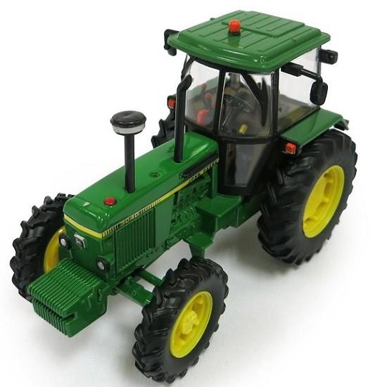 1:32 Tractors