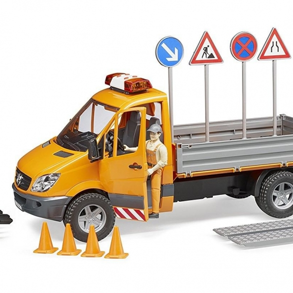 Mercedes Benz Sprinter 2018 >> Kavanaghs Toys - BRUDER MB SPRINTER MUNICIPAL VEHICLE WITH DRIVER AND ACCESSORIES 1:16 SCALE